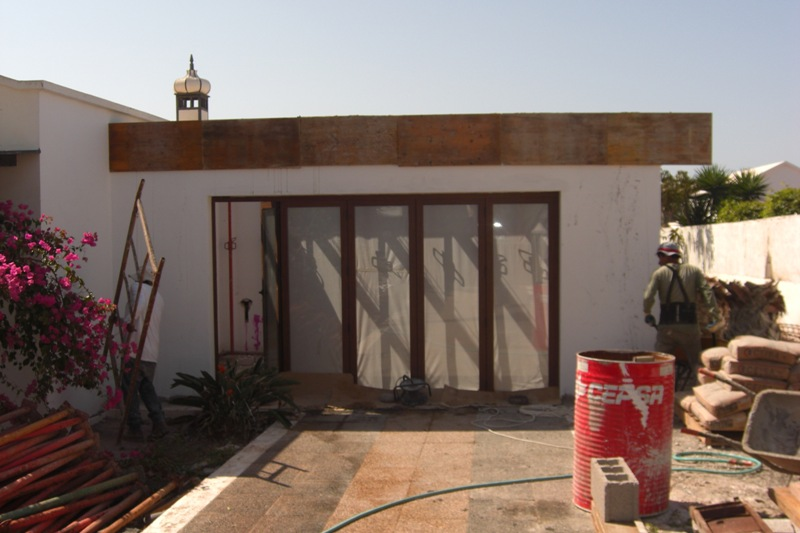 Lanzarote builders in Playa Blanca